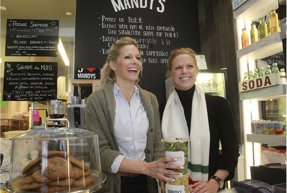 #ACGIRL: Mandy et Rebecca Wolfe